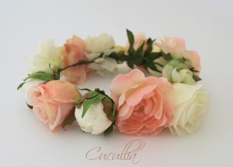 elblogdeanasuero_Tocados de flores_Cucullia corona flores grandes