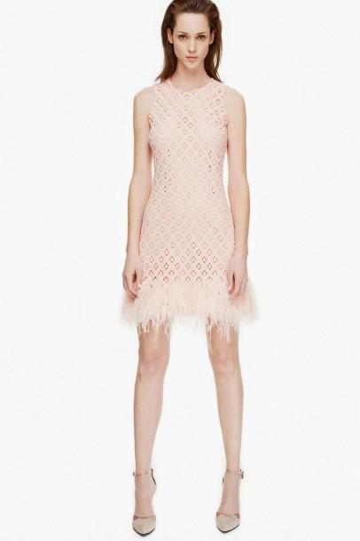 Vestidos de fiesta con plumas 2015