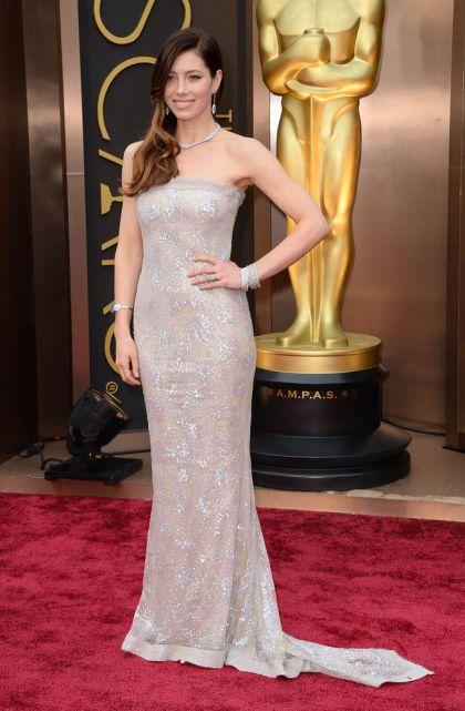elblogdeanasuero_Oscars 2014_Chanel Jessica Biel paillettes