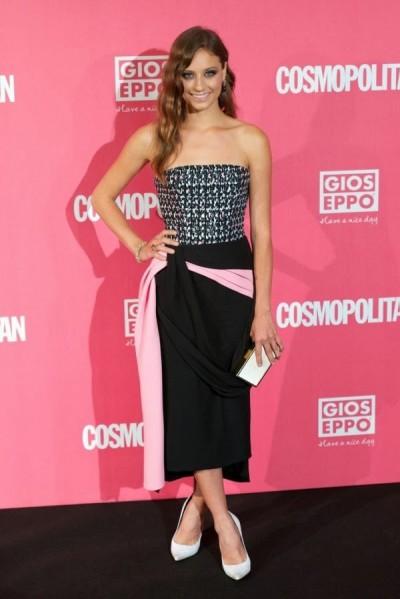 elblogdeanasuero_El estilo de Michele Jenner_Dior vestido midi multicolor