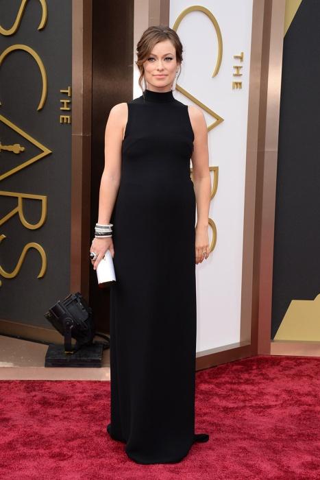 elblogdeanasuero_Oscars 2014_Valentino Olivia Wilde negro sin mangas