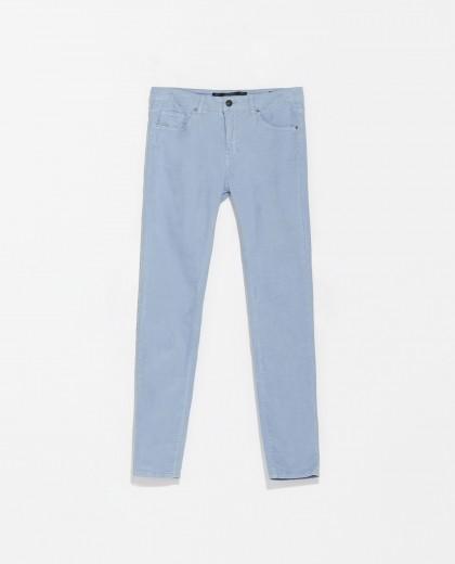 elblogdeanasuero_azul claro_Zara pantalón pitillo de terciopelo