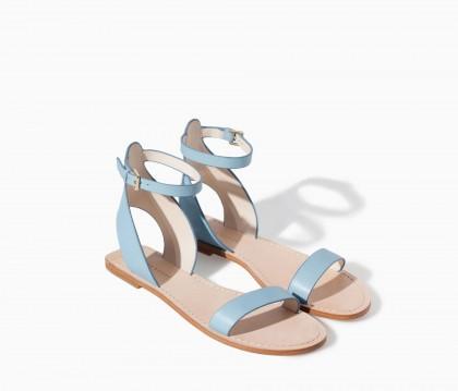 elblogdeanasuero_azul claro_Zara sandalias planas con pulsera