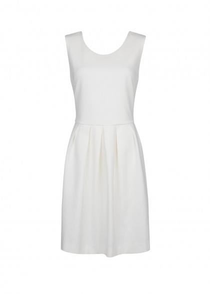 elblogdeanasuero_Little white dress_Mango minivestido punto con vuelo