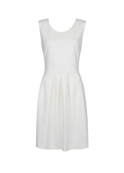 elblogdeanasuero_Little white dress_Mango minivestido punto con vuelo