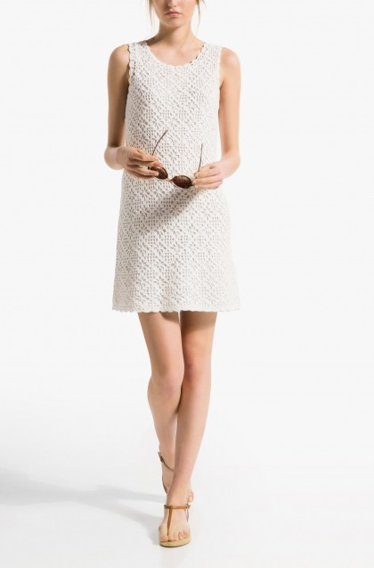 elblogdeanasuero_Little white dress_Massimo Dutti minivestido crochet