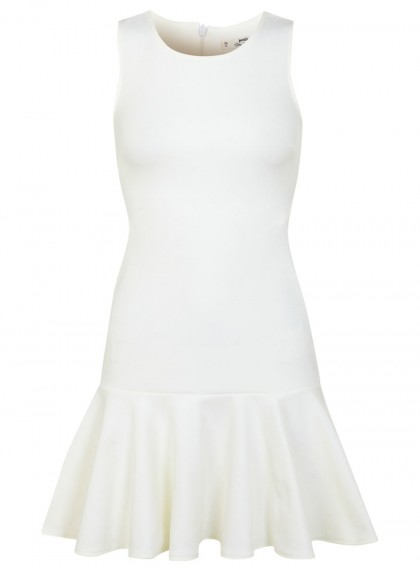 elblogdeanasuero_Little white dress_Miss Selfridge minivestido ajustado con volante