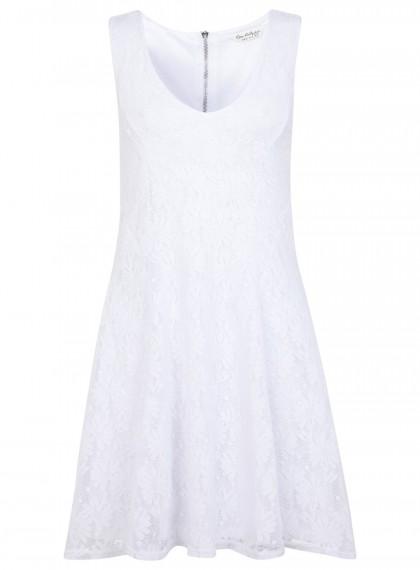 elblogdeanasuero_Little white dress_Miss Selfridge minivestido sin mangas tela bordada