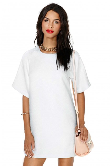 elblogdeanasuero_Little white dress_Nasty Gal minivestido ancho manga corta
