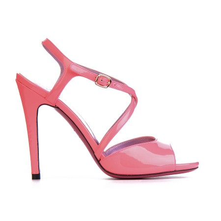 elblogdeanasuero_Zapatos de fiesta_Úrsula Mascaró sandalias rosas charol