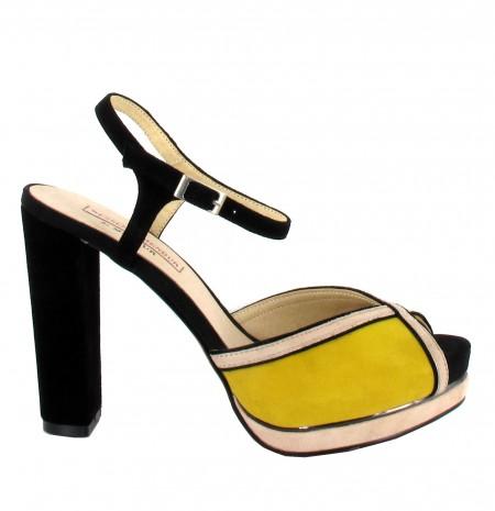 elblogdeanasuero_Zapatos de fiesta_Menbur sandalias amarillas y negras tacón ancho