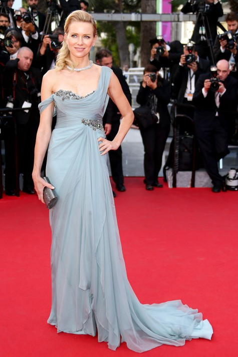 elblogdeanasuero_Festival de Cannes_Naomi Watts Marchesa azul claro drapeado