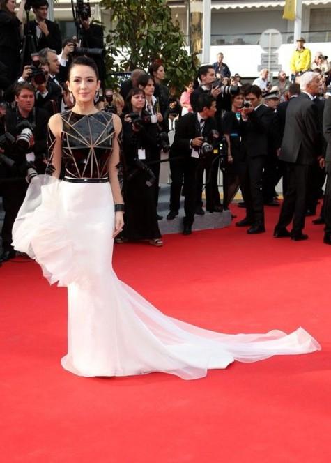 elblogdeanasuero_Festival de Cannes_Zhang Ziyi Stephane Rolland bicolor