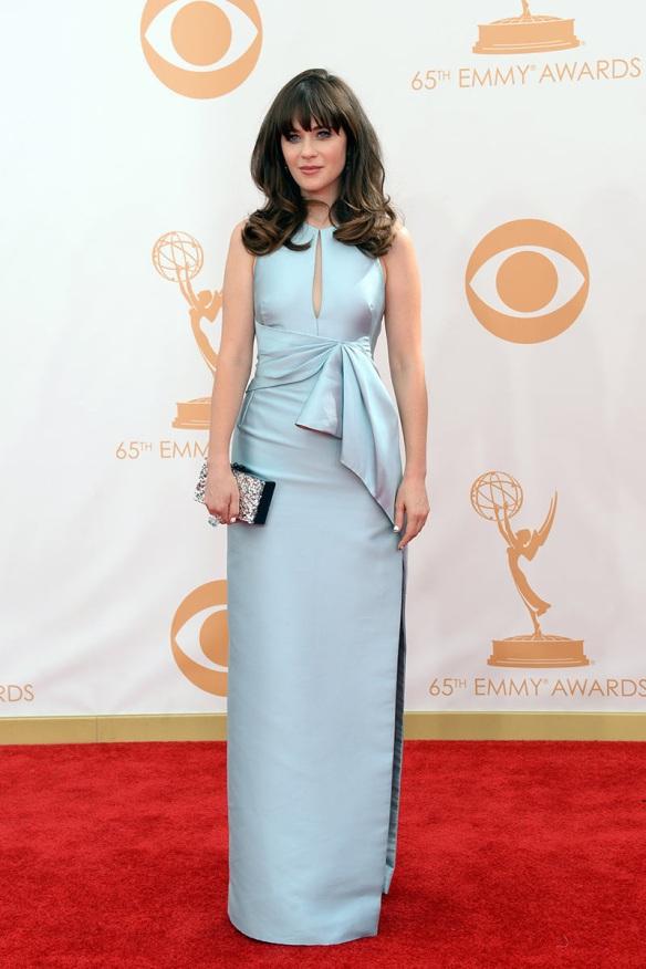 elblogdeanasuero_El estilo de Zooey Deschanel_J Mendel vestido largo azul claro lazo