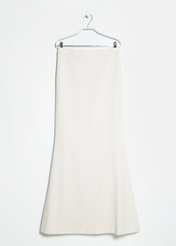 elblogdeanasuero_Faldas largas_Mango falda larga acampanada blanca