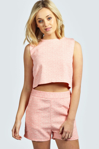 elblogdeanasuero_Tendencia matchy matchy_Boohoo shorts y top estampado rosas
