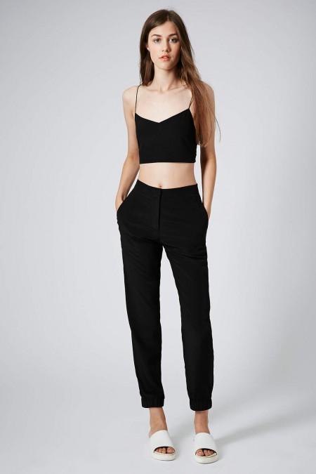 elblogdeanasuero_Tendencia matchy matchy_Topshop crop top y pantalones negros
