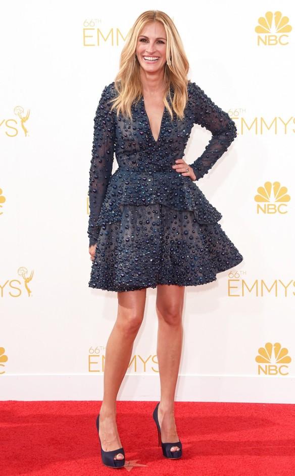 elblogdeanasuero_Alfombra roja de los Emmys 2014_Julia Roberts Elie Saab corto pedrería