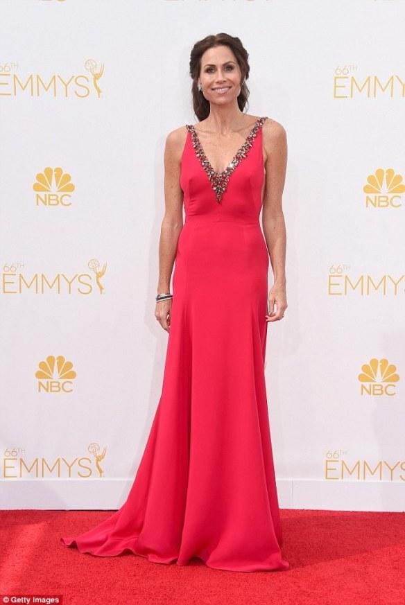 elblogdeanasuero_Alfombra roja de los Emmys 2014_Minnie Driver Marchesa coral