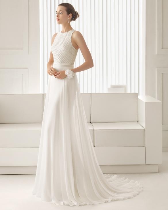 elblogdeanasuero_Vestidos de novia originales 2015_Rosa Clara vestido de gasa cuerpo de pedrería