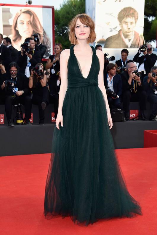 elblogdeanasuero_Alfombra roja del Festival de Venecia 2014_Emma Watson Valentino de tul verde botella