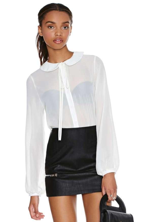 elblogdeanasuero_Camisas con lazo en el cuello_Nasty Gal Blanca transparente
