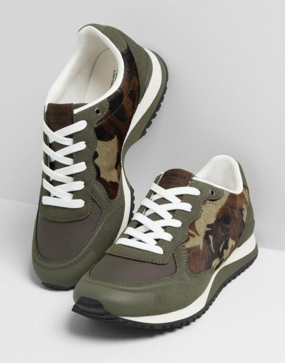 elblogdeanasuero_Verde militar_Pull & Bear zapatillas camuflaje