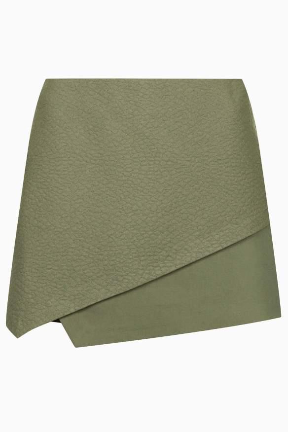 elblogdeanasuero_Verde militar_Topshop skort con textura