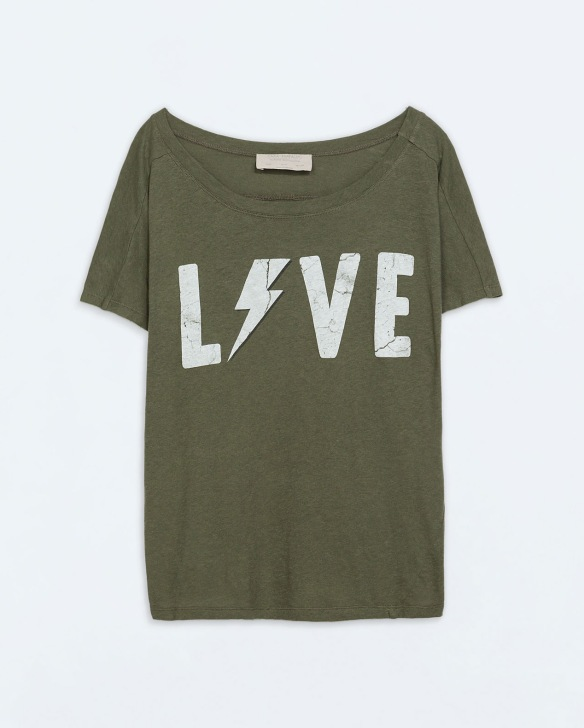 elblogdeanasuero_Verde militar_Zara camiseta mensaje