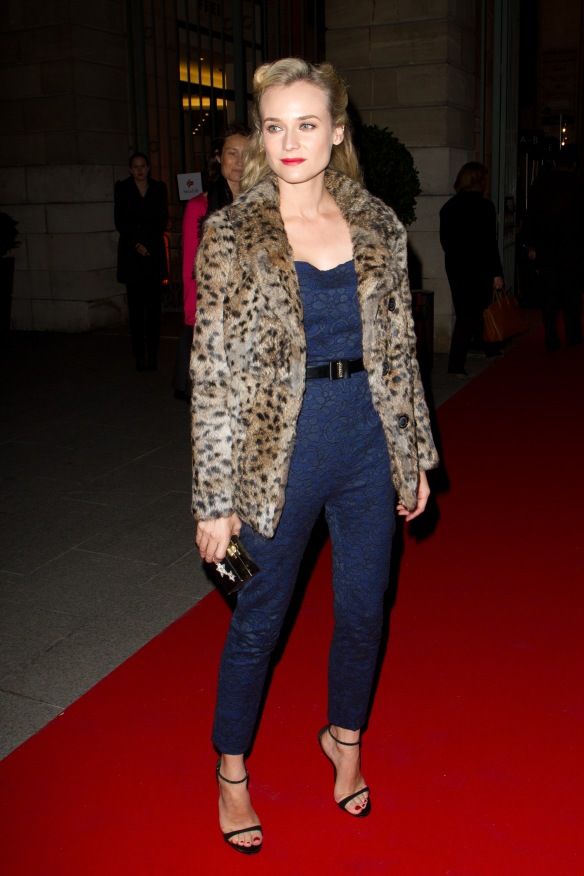 Diane Kruger Sighting In Paris - November 20,2012