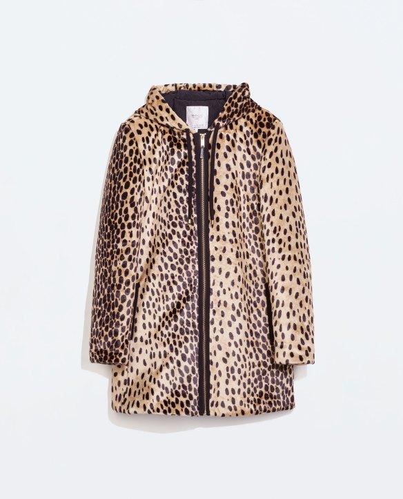 elblogdeanasuero_Abrigos animal print_Zara parka con capucha
