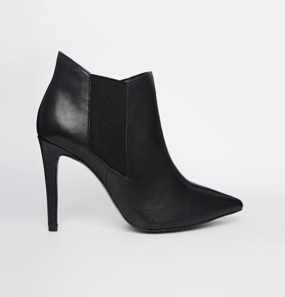 elblogdeanasuero_Botas Chelsea_Asos botines negros punta y tacón fino