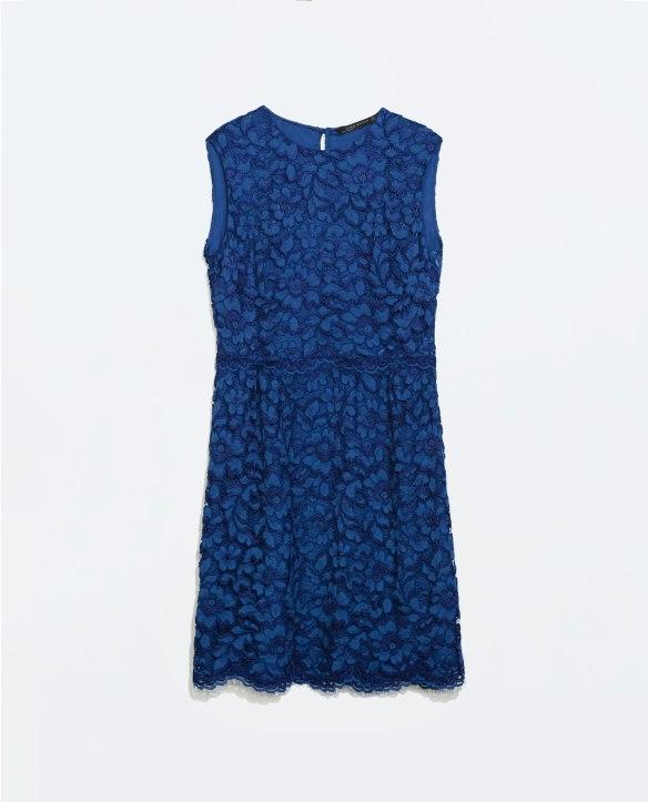 elblogdeanasuero_Vestidos de fiesta para Navidad_Zara vestido de encaje azul klein