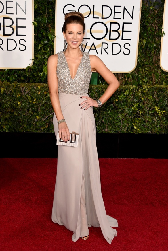 elblogdeanasuero_Globos de Oro 2015_Kate Beckinsale Elie Saab bicolor metalizado