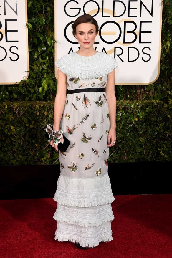 elblogdeanasuero_Globos de Oro 2015_Keira Knightley Chanel mariposas