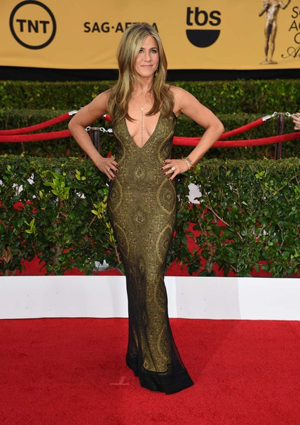 elblogdeanasuero_SAG Awards 2015_Jennifer Aniston John Galliano escotazo con encaje