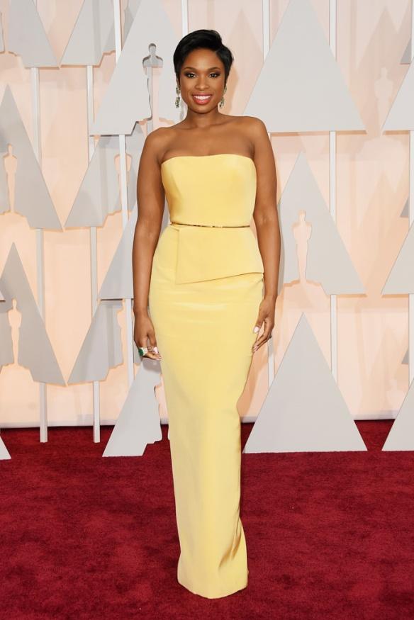 elblogdeanasuero_Oscars 2015_Jennifer Hudson Romona Keveza amarillo palabra de honor