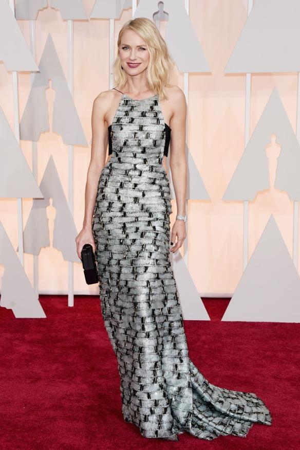 elblogdeanasuero_Oscars 2015_Naomi Watts Armani negro y gris con bandeau