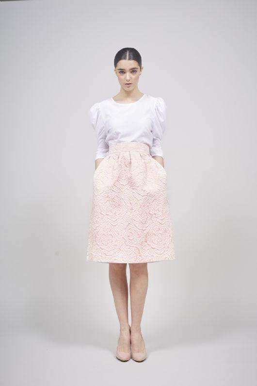elblogdeanasuero-Invitadas boda 2015-Coosy falda midi brocada rosa