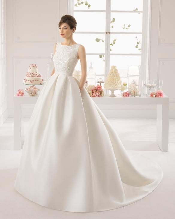 elblogdeanasuero-Vestidos de novia 2015-Aire Barcelona vestido clásico pedrería en la parte superior