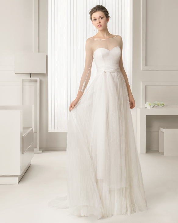 elblogdeanasuero-Vestidos de novia 2015-Rosa Clará vestido tul manga francesa