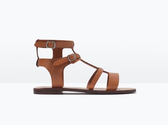 elblogdeanasuero-sandalias romanas-Zara bajas de piel marrón