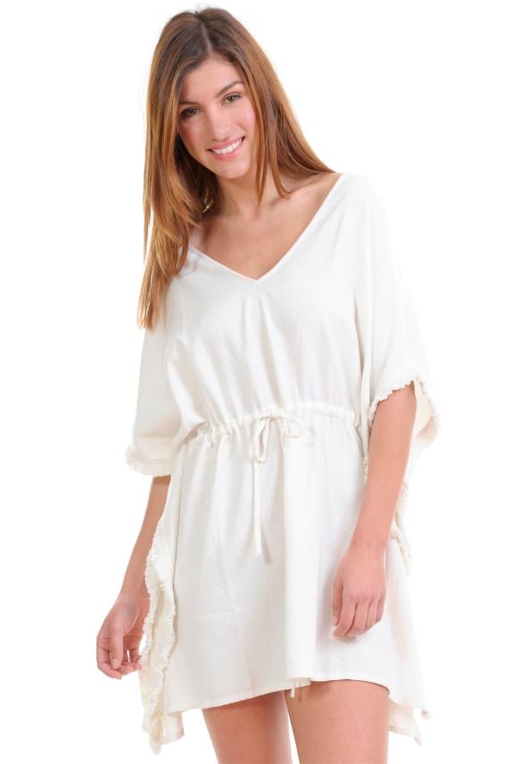 elblogdeanasuero-moda para la playa-Amichi caftan blanco para la playa con flecos