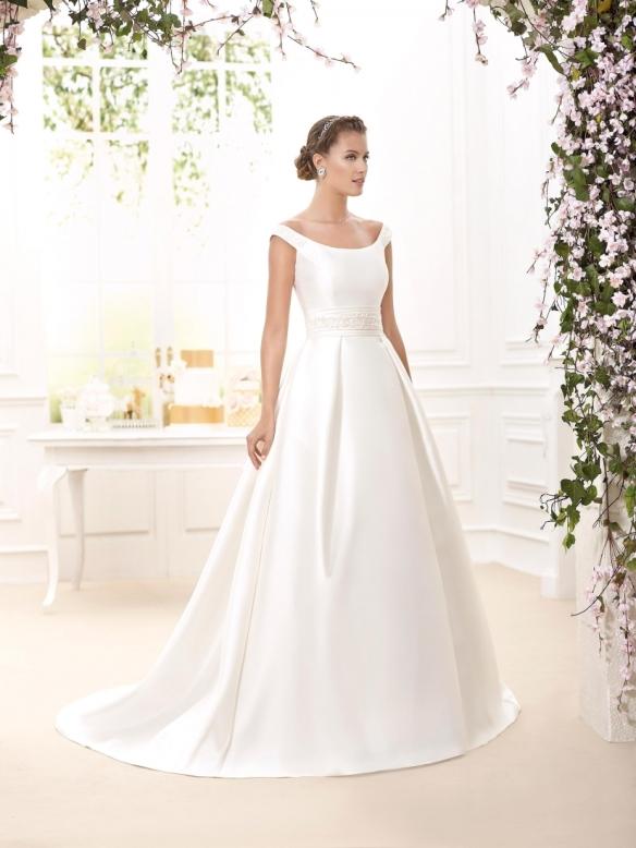 elblogdeanasuero-Avance vestidos de novia 2016-Novia D´art vestido clásico con escote barco MARTINA