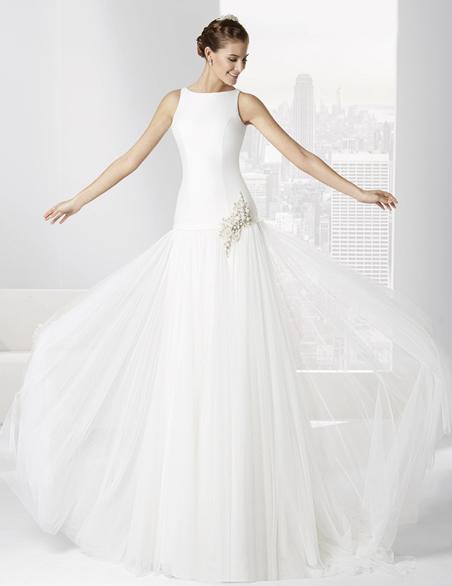 elblogdeanasuero-Avance vestidos novia 2016-Franc Sarabia vestido corte a la cadera con falda de tul