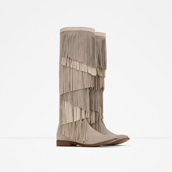 elblogdeanasuero-Tendencia flecos-Zara botas altas con flecos color topo