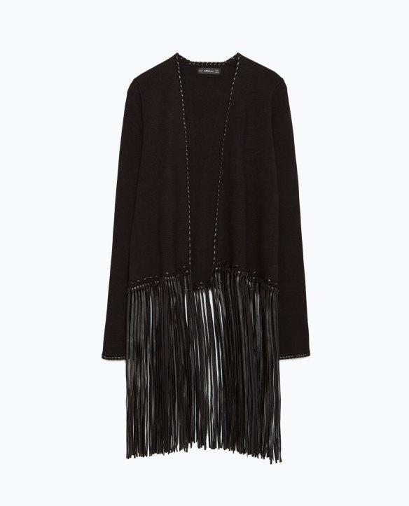 elblogdeanasuero-Tendencia flecos-Zara chaqueta negra con flecos largos