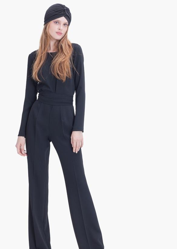 el blog de ana suero-vestidos para invitadas a una boda en otoño invierno-Etxart & Panno mono negro con manga larga
