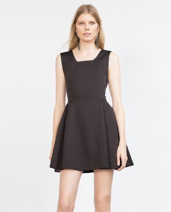 el blog de ana suero_Moda Navidades 2015_Zara mini vestido negro vuelo