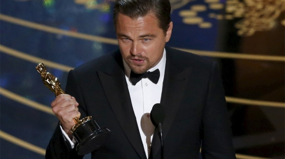 el blog de ana suero-Alfombra roja Oscars 2016-Leonardo DiCaprio Oscar